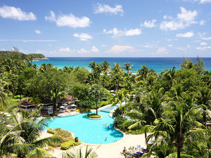 Thavorn Palm Beach Resort (普吉島塔夫棕櫚海灘度假村)