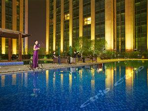 慈溪杭州湾环球酒店1晚+达蓬山温泉+环湖乐园联票