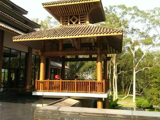 阳朔河畔度假酒店预订价格,联系电话 位置地址