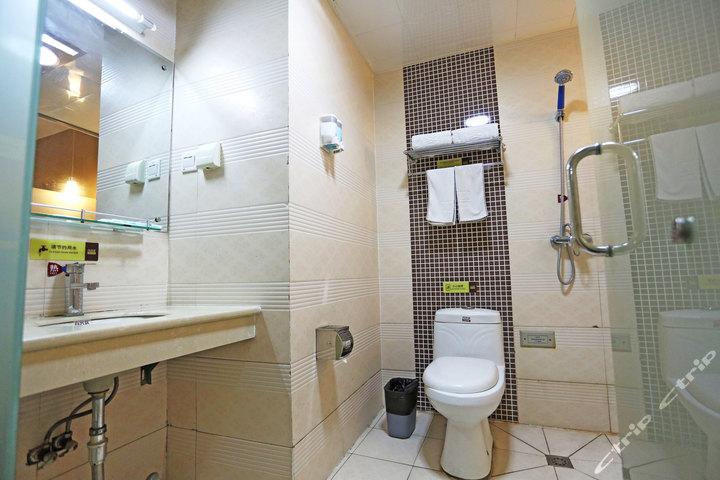 尚客优快捷酒店(泰安泰山店)—卫生间