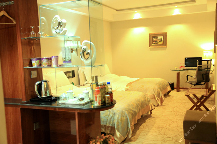 武威云翔国际酒店(家庭套房)