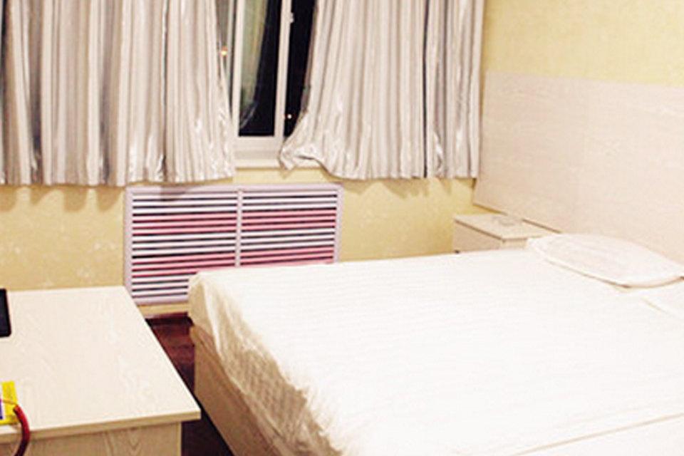 平凉如家时代宾馆(高级大床房)