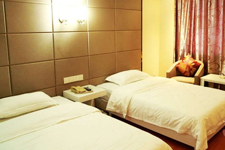 诗娜卡琳酒店