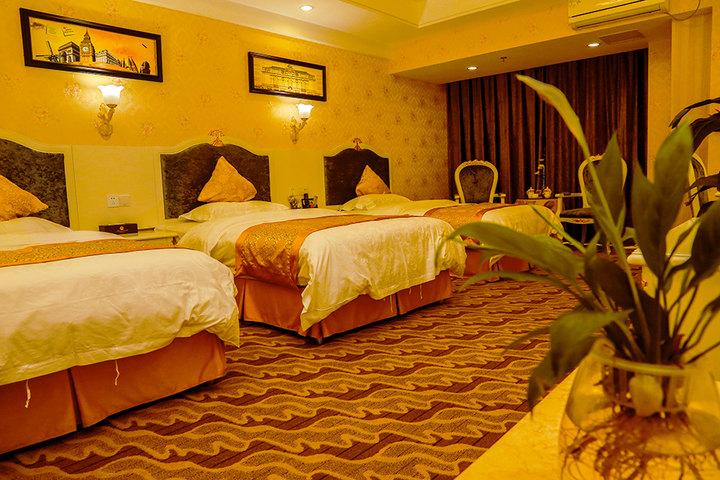成都阿姆斯酒店—豪华欧式三床房(房间一角)