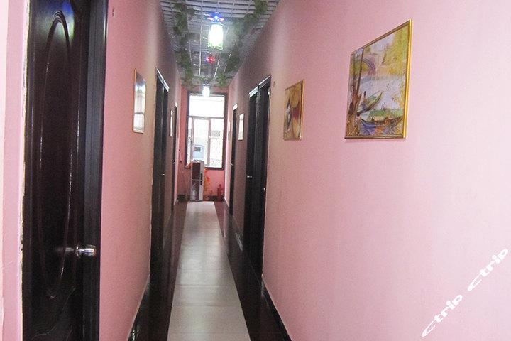 连云港爱情公寓主题宾馆(单人间)