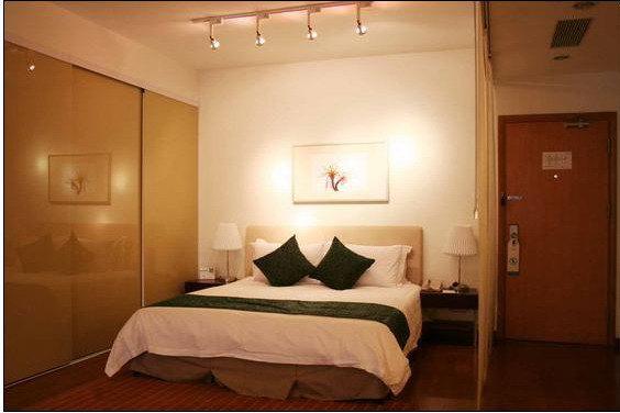 背景墙 房间 家居 起居室 设计 卧室 卧室装修 现代 装修 564_376