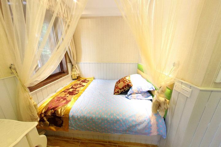 灵隐主题酒店—地中海标准间