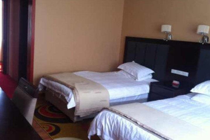 西藏日喀则定日珠峰宾馆(贵宾楼标准间)