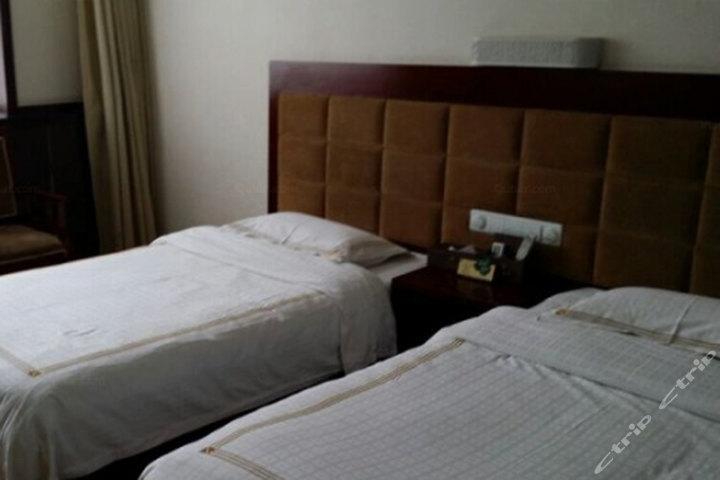 甘南合作阳光宾馆(普通标准间)