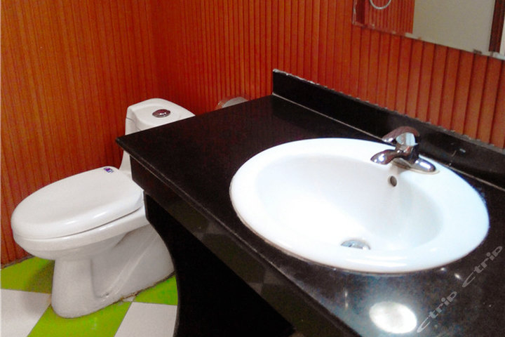 西宁卓越宾馆—卫生间