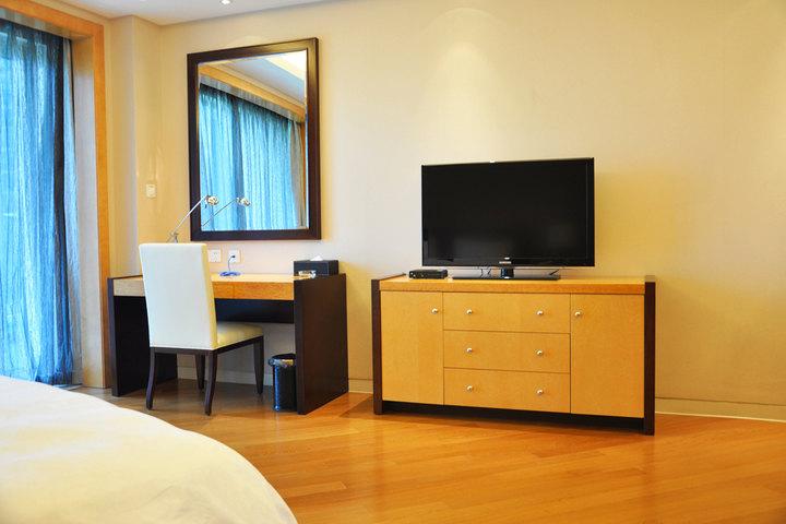 千岛湖绿城度假公寓6号楼-豪华园景大床房