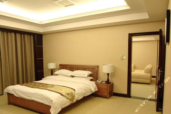 龙岩连城金叶大酒店(商务观景套房)团购-原价2380元-团购仅售558元