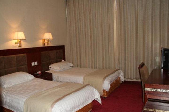 西藏日喀则定日珠峰宾馆(经济标准间)