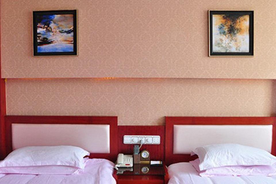 昆明瑞琪望峰商务水床(地址情趣房)哪情趣用品义乌批发市场在酒店图片