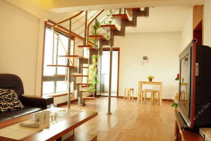 家居 楼梯 起居室 设计 装修 719_480