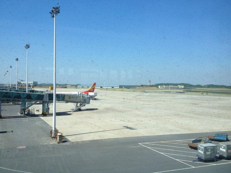 南昌到重庆的航班,待飞中