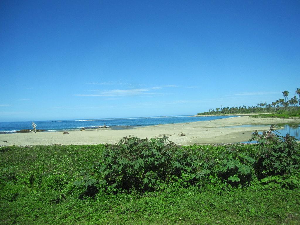 蓝天白云河流大海沙滩一一自然造化的大氧吧!