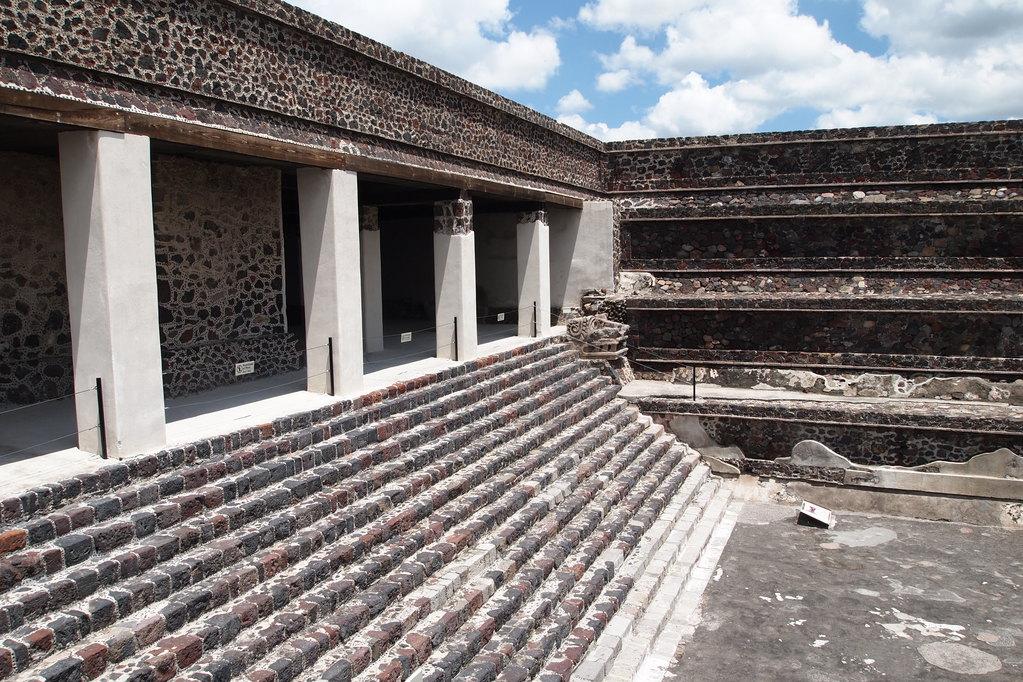 墨西哥日月金字塔,阳光~仙人掌~金字塔的世界你不懂