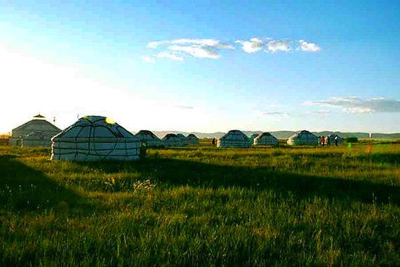 呼和浩特旅游线路—内蒙古大草原