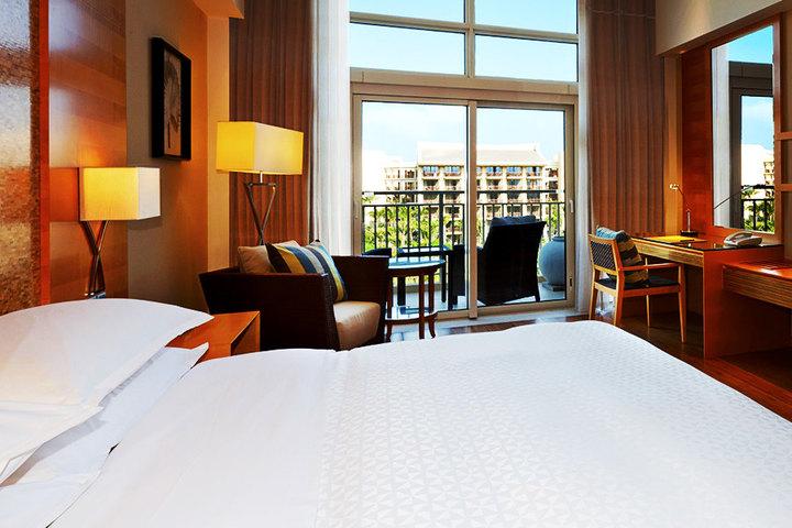 万宁神州半岛福朋酒店