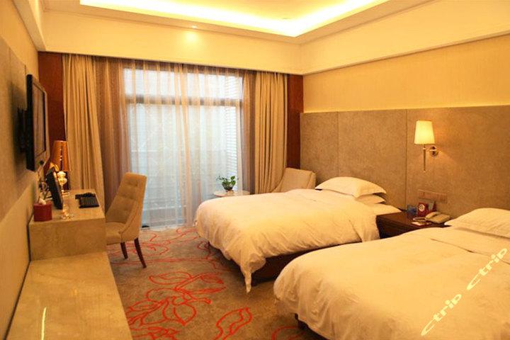 衢州柏丽大酒店(景致标准房)