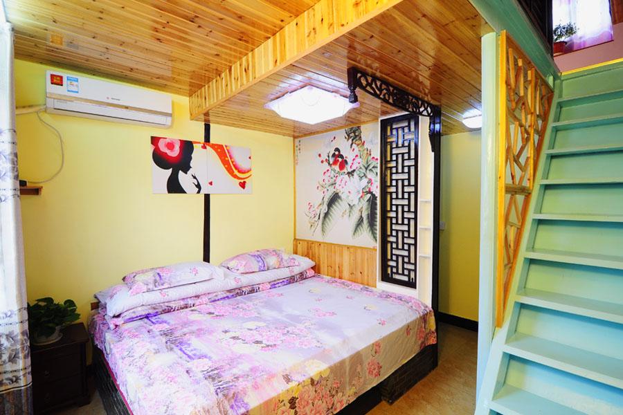 墙体彩绘素材卧房银杏