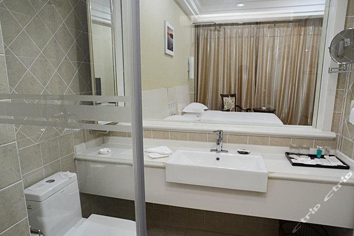 北戴河宣和酒店—豪华标准间卫生间