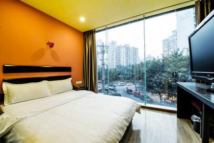 5 【万达广场中心区域】尊享 重庆艾夫酒店情侣房/豪华套房1晚 免费2图片