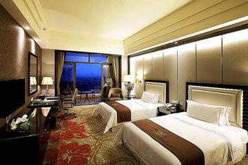 青岛月亮湾酒店