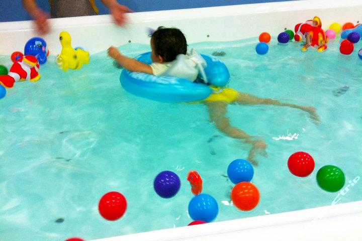 小鸭先知儿童游泳馆