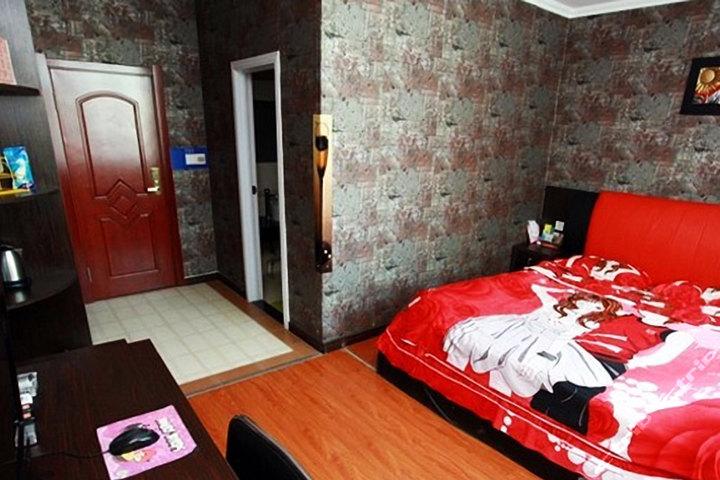 四平美度情趣时尚(宾馆房-无窗)人体摄影情趣的图片