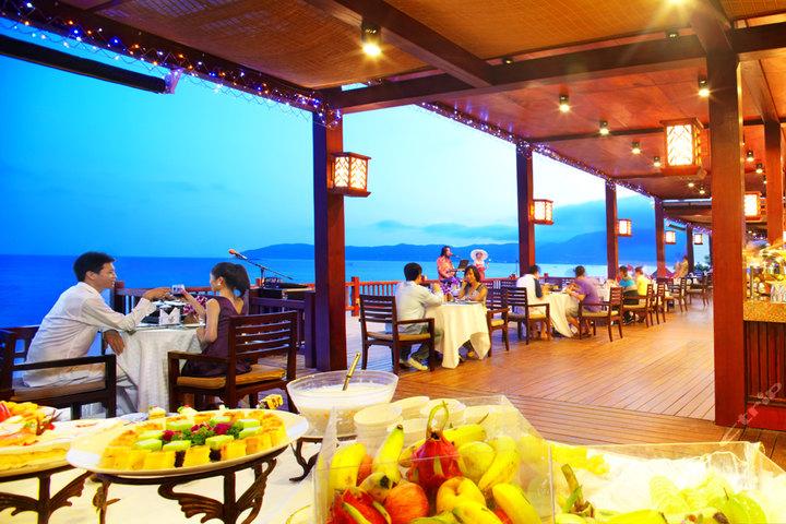 亚龙湾红树林度假酒店单人BBQ及自助火锅
