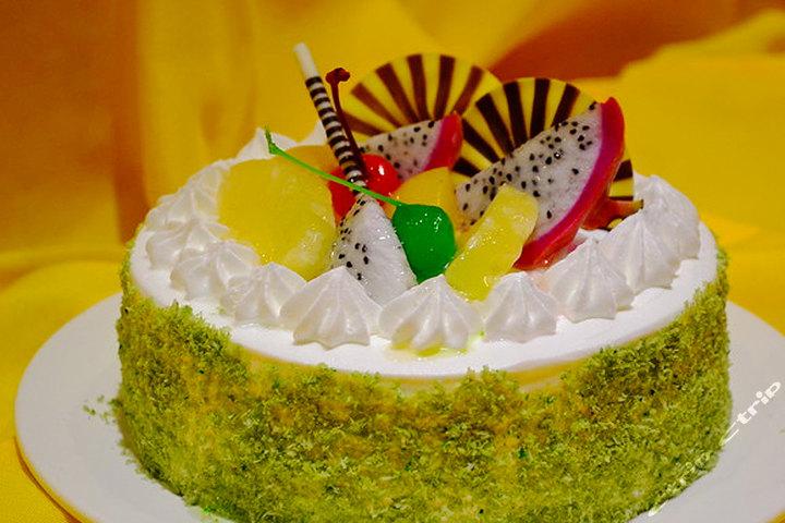 福州温泉戴斯酒店(8英寸生日蛋糕)