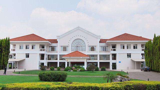昆明滇池温泉花园国际大酒店(spa房)