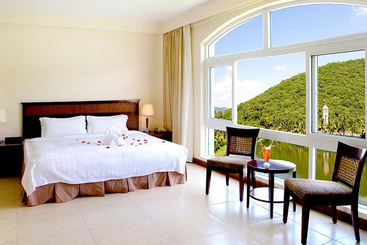 三亚亚龙湾环球城大酒店—别墅湖景房(双床)图片
