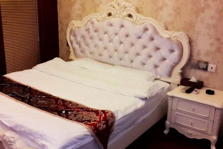 希香格尔酒店公寓(沈阳皇朝万鑫店)—观景豪华欧式大床房