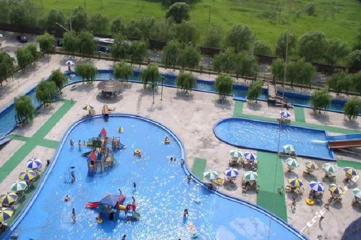 北京城市海景水上乐园(家庭套票)