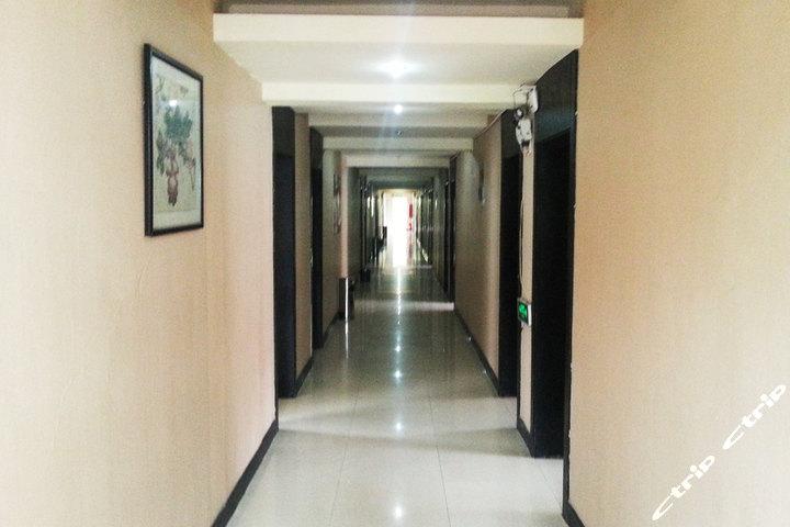 99旅馆连锁(苏州汽车南站店)—走廊