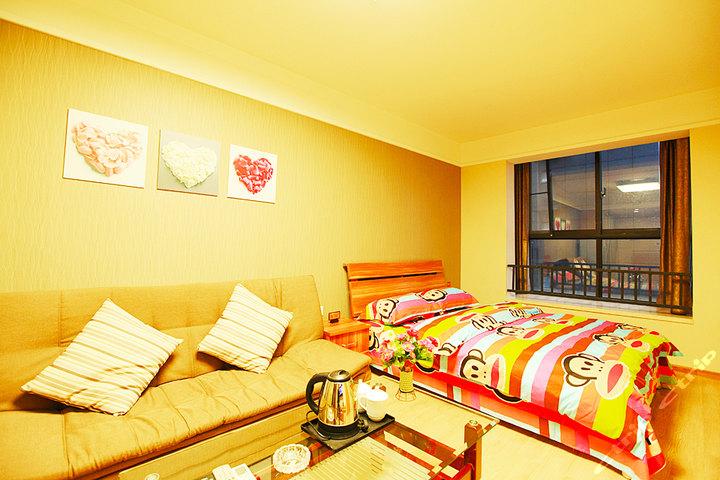 成都红馨度假公寓(温馨大床房)