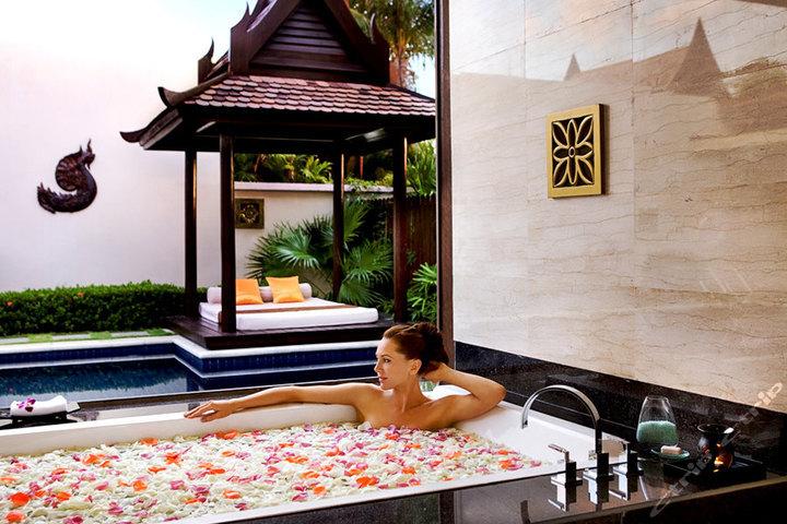 三亚亚龙湾铂尔曼度假酒店—南洋泳池别墅
