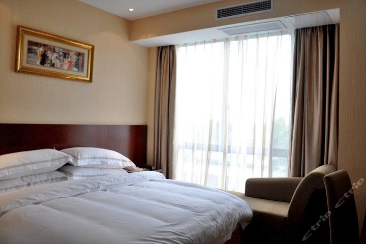 维也纳3好酒店(太仓港店)特价房