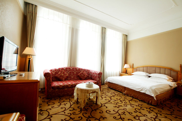 哈尔滨马迭尔宾馆—欧式豪华房