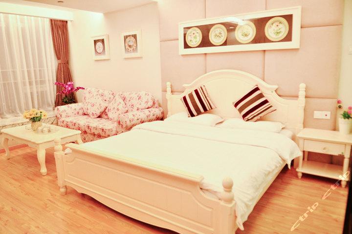 成都四叶草精品酒店公寓—欧式大床房