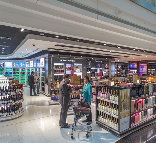 迪拜国际机场T3航站楼A出发区(酒区店)