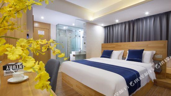 Sanya coastal Haosheng smart hotel