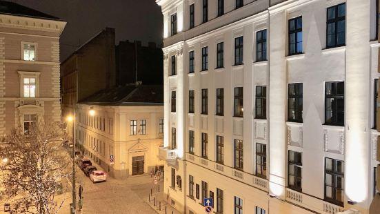 Budget Apartments by Hi5 -Palace Quarter