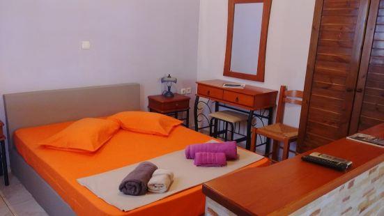 帕里歐可裏阿維裏諾斯開放式客房酒店