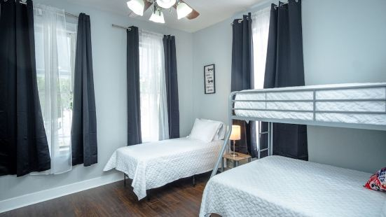 Remodeled Historic 2Br/1ba House Near Downtown