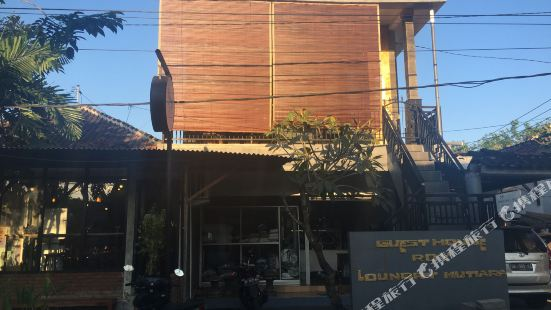 Roy Guest House Loundry Mutiara