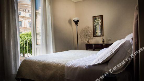聖卡羅套房酒店